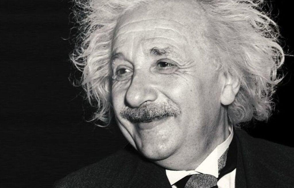 Einstein pensando en la compasión humana