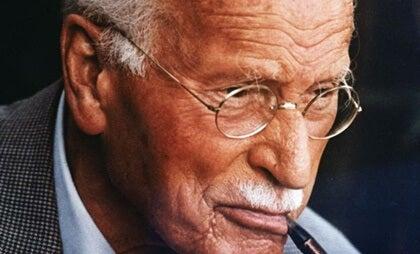 Consejos de Carl Jung para afrontar la adversidad