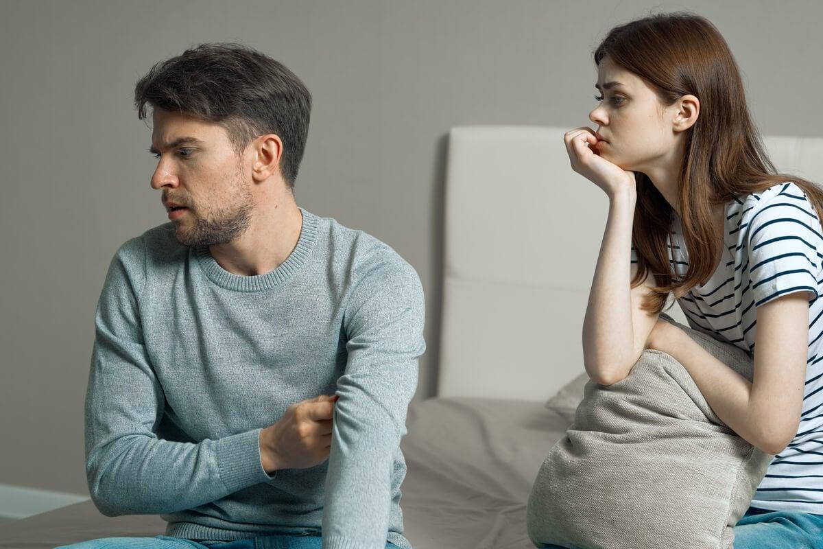 Ocultar emociones en nuestra relación de pareja nos pasa factura: ¿cómo actuar?